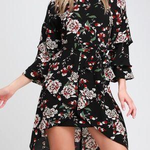 Lulu's Dresses - Lulus Black Floral  Flounce Sleeve Dress - NWT